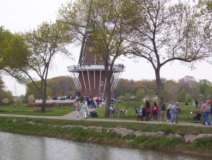 Windmill Island Gardens Attracts Tourists from Around the World